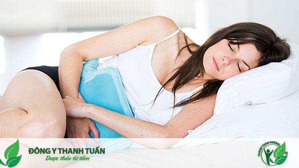 Chườm nóng là cách trị đau bao tử nhanh nhất