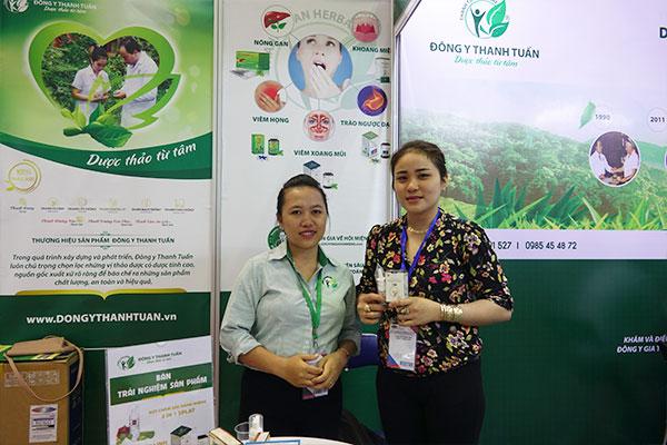 Chị Linh chia sẻ cảm nhận về thuốc xịt viêm xoang Thanh Tỵ Linh