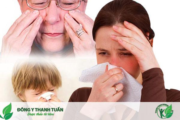 Nhức đầu sổ mũi là một trong những triệu chứng thường gặp của viêm đa xoang