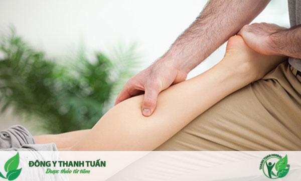 Xoa bóp chân giúp trị đau nhức chân