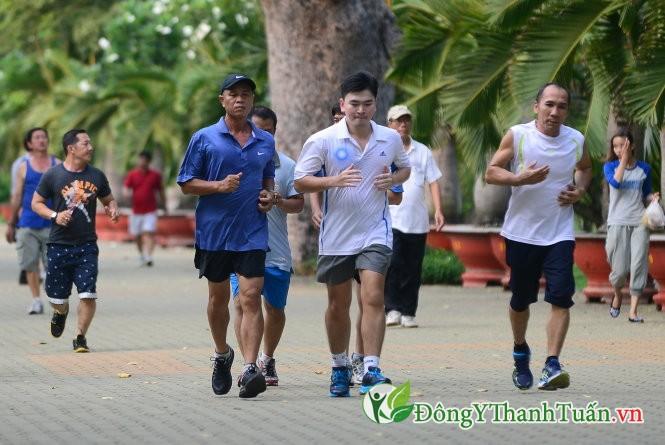 Tập thể dục giúp phòng ngừa bệnh suy tĩnh mạch chi dưới